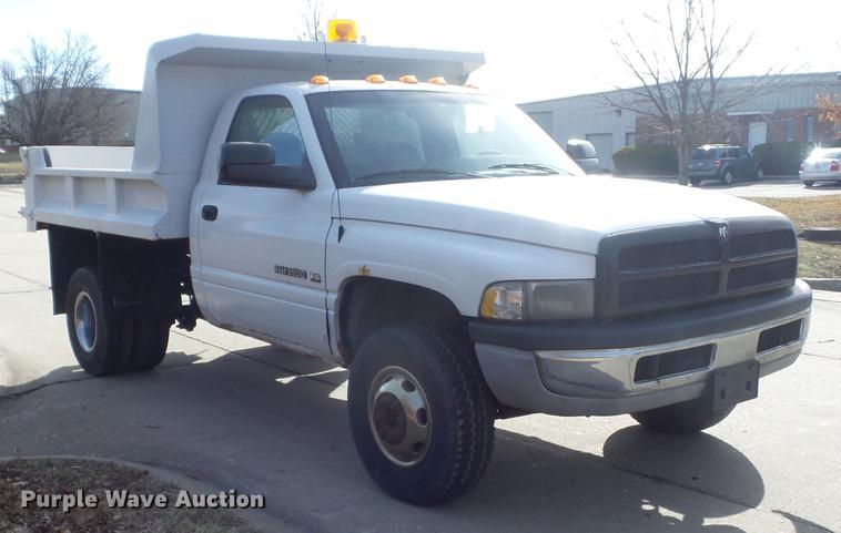 2001 Dodge Ram 3500 dump bed pickup truck | Item DC7398 | SO