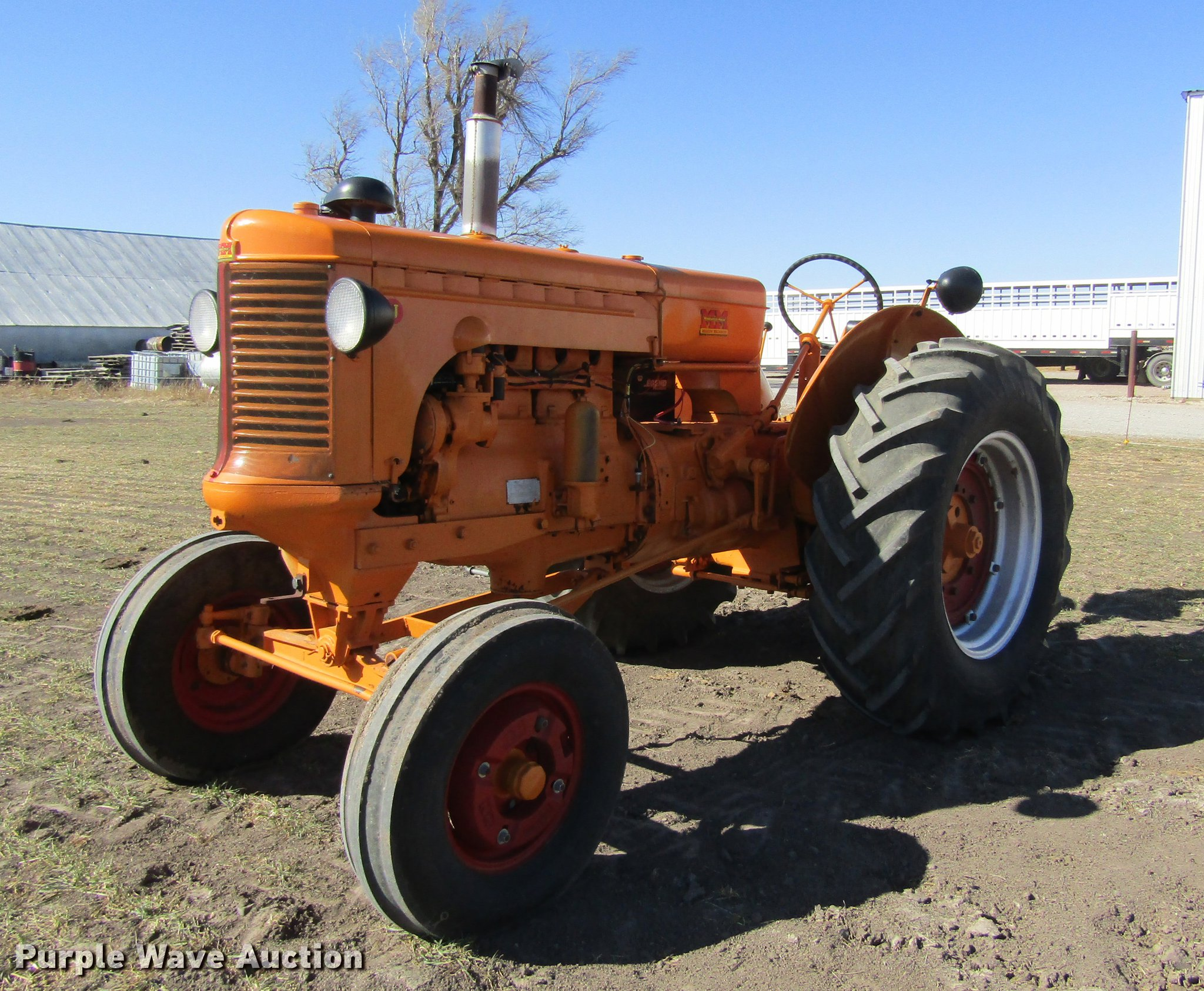 DD8711 image for item DD8711 1949 Minneapolis Moline UTS tractor
