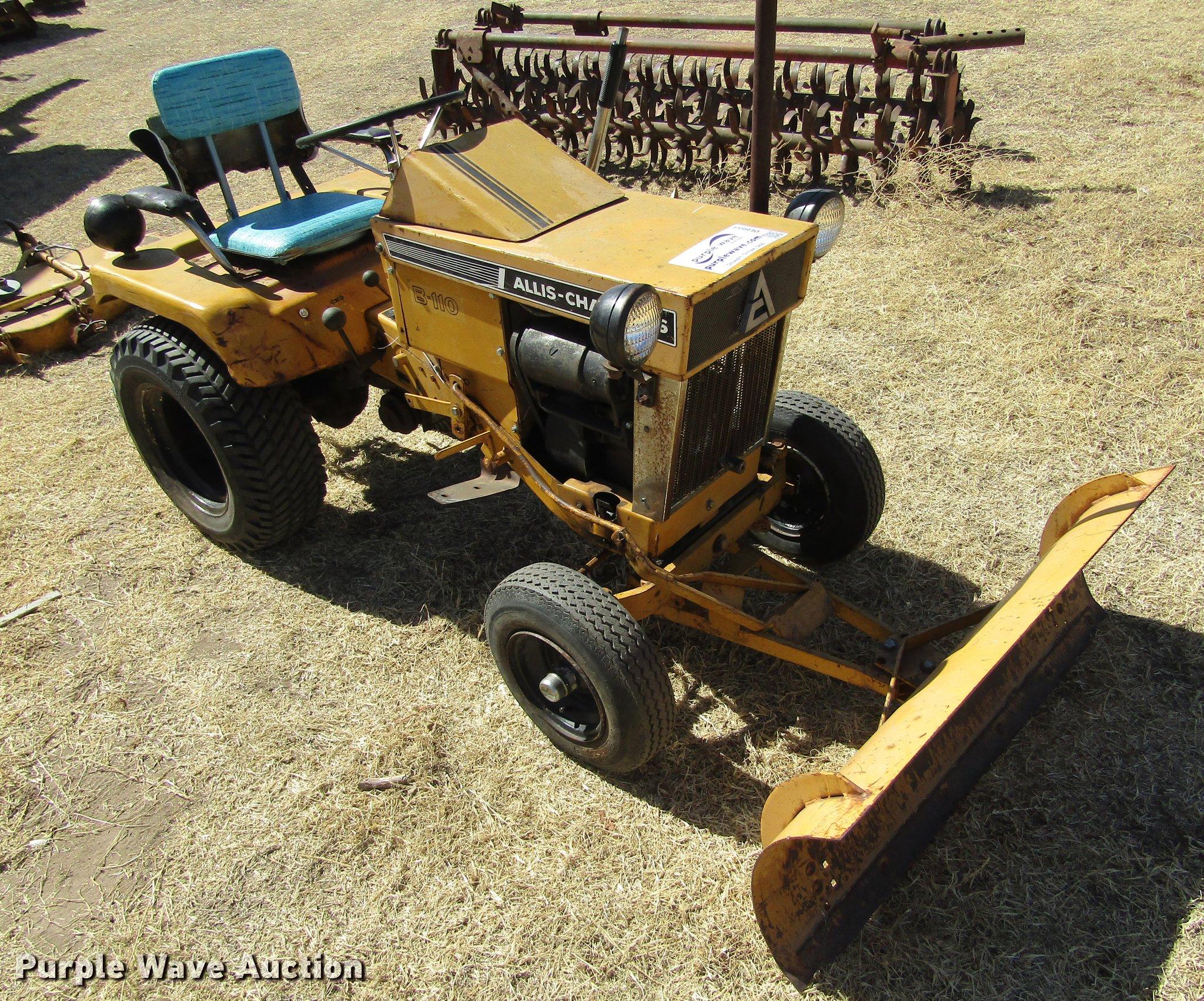 Allis chalmers model b plow