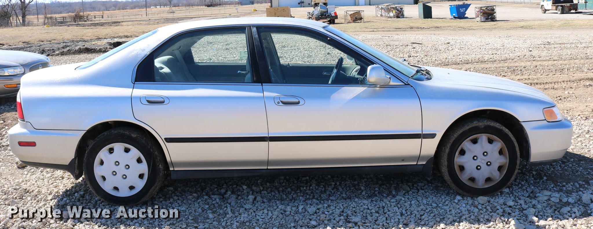 Honda honda accord 1996 : 1996 Honda Accord | Item DB6564 | Tuesday April 3 Government...