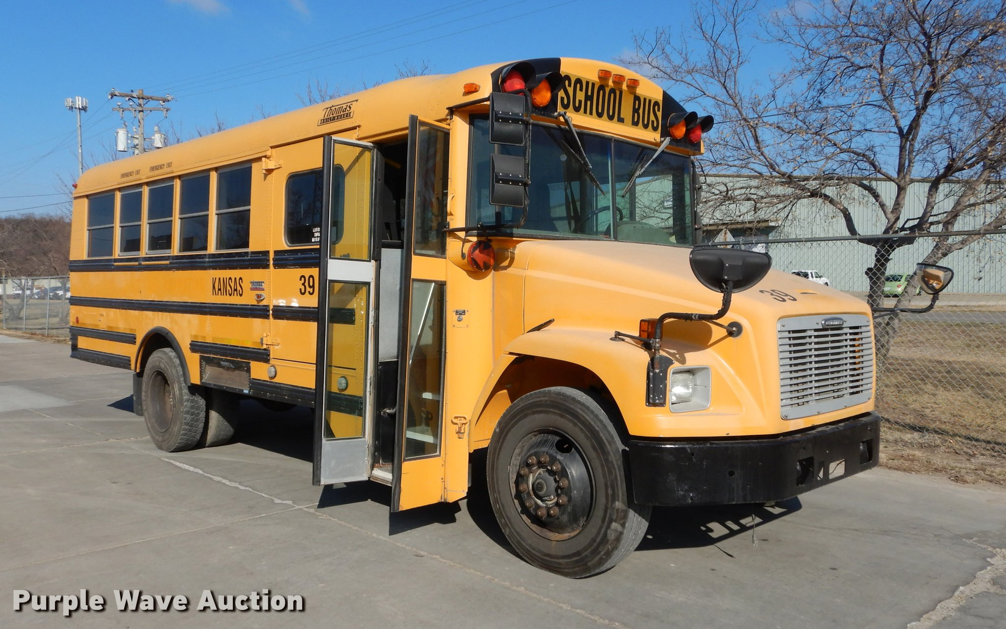 2004 Freightliner FS65 Thomas school bus | Item DC0351 | SOL