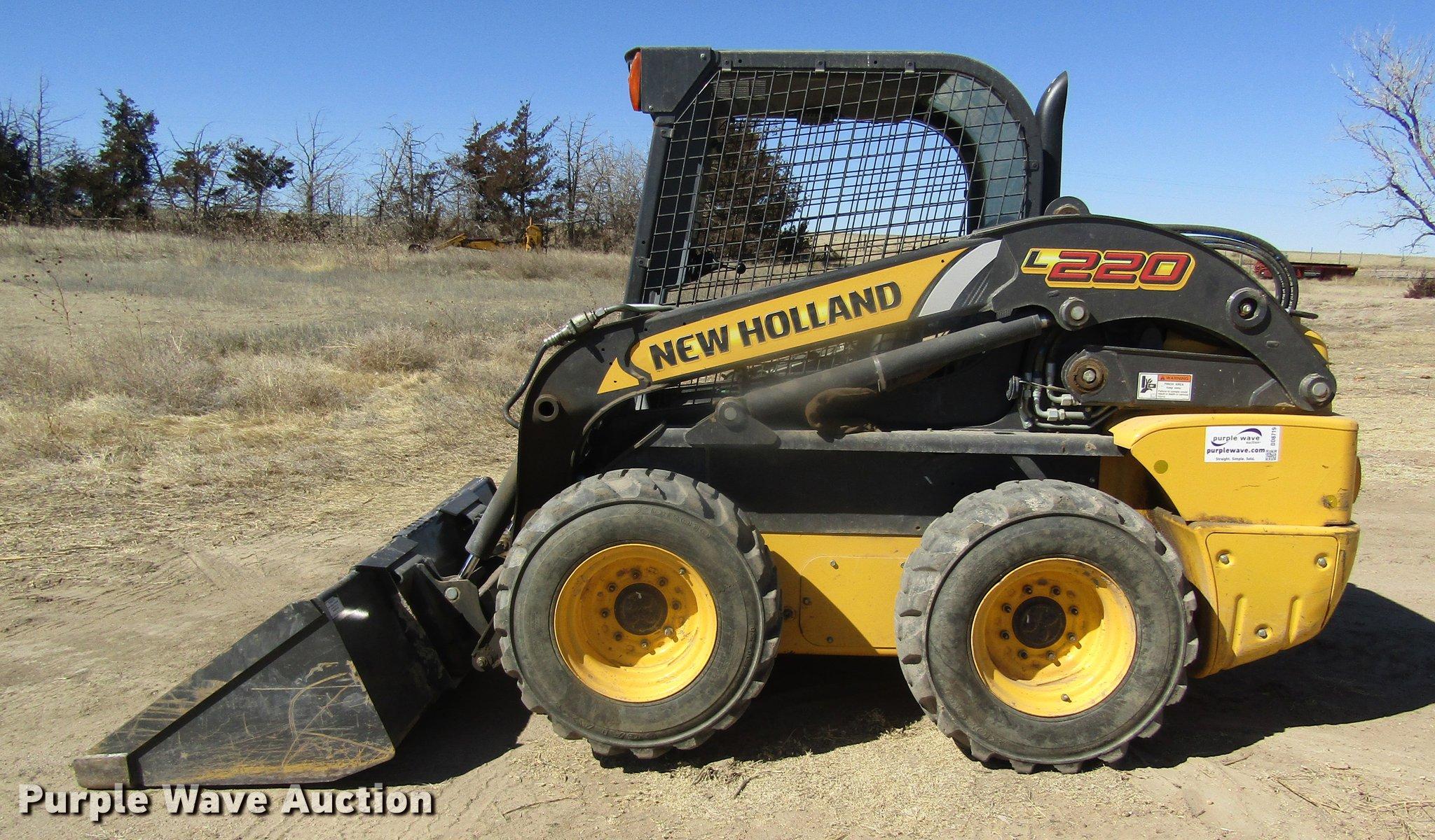 WRG-2562] New Holland L220 Skid Steer Operators Manual on