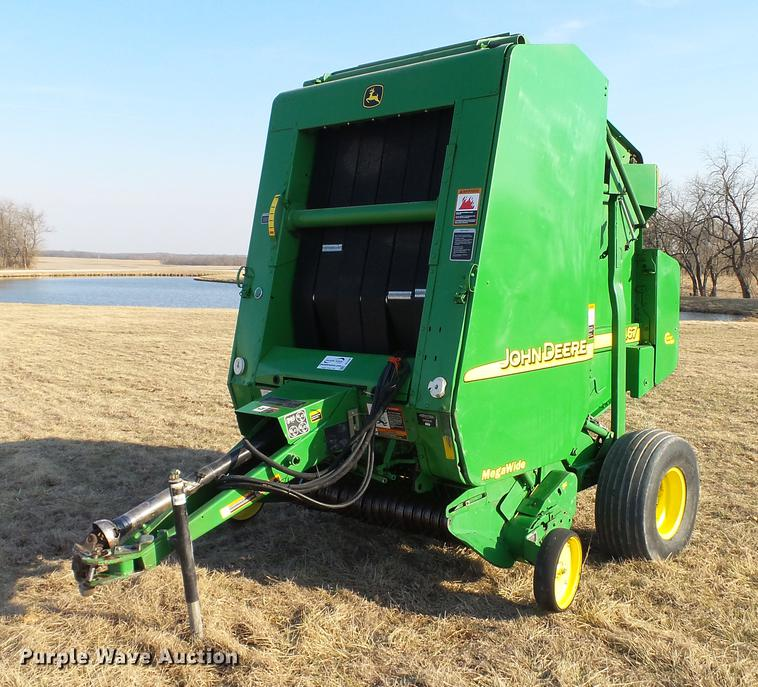 2002 John Deere 467 round baler | Item DC5586 | SOLD! April