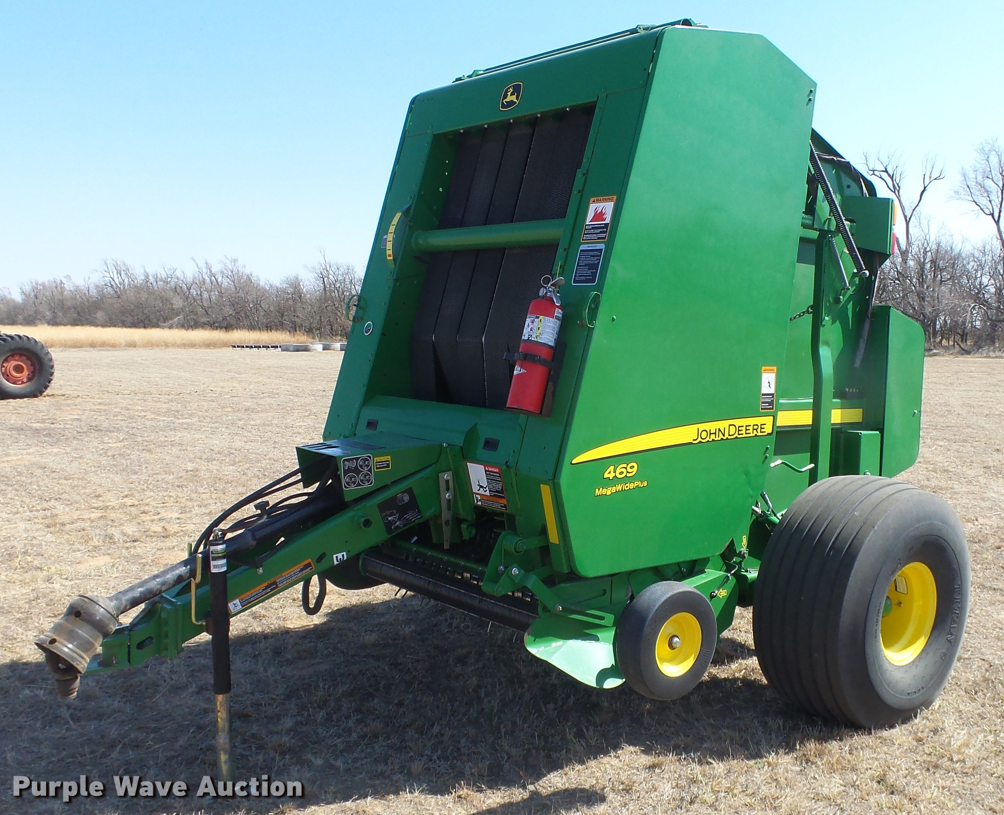2014 John Deere 469 round baler | Item DC0712 | SOLD! April