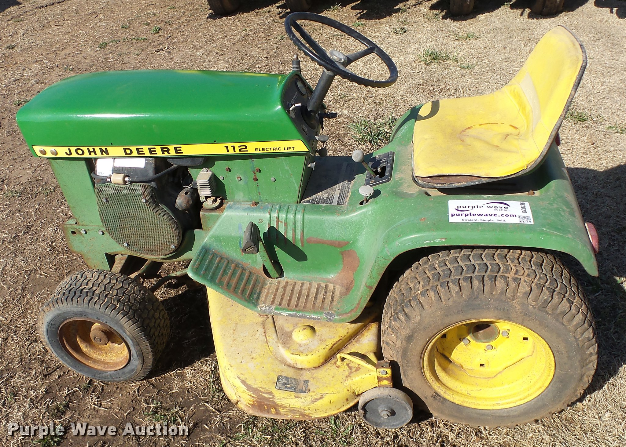 John Deere 112 Lawn Mower Item Dc0736 Sold April 11 Ag Electric Lift Wiring Diagram Full Size In New Window