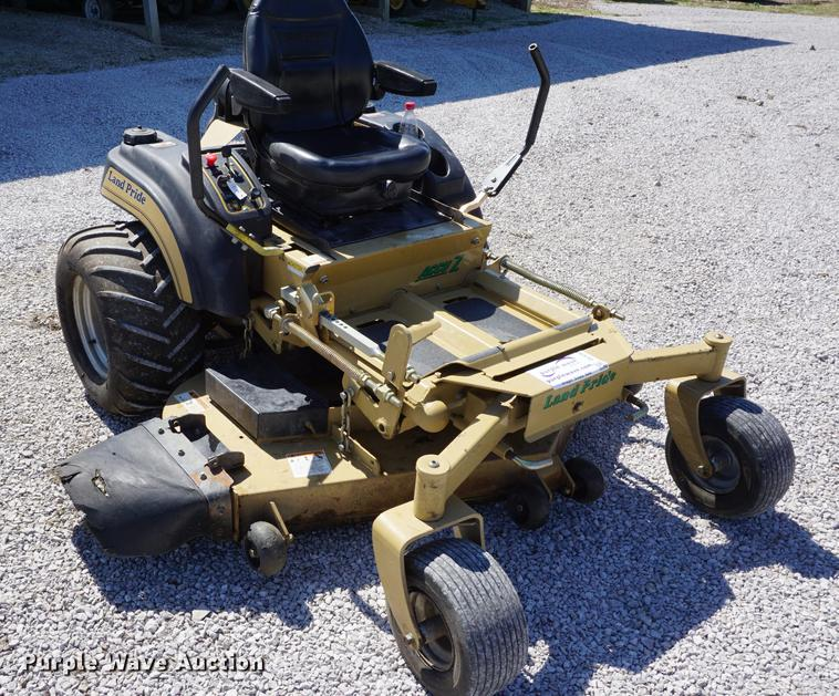 Land Pride ZT60 lawn mower | Item DE3202 | SOLD! April 18 Ve... on