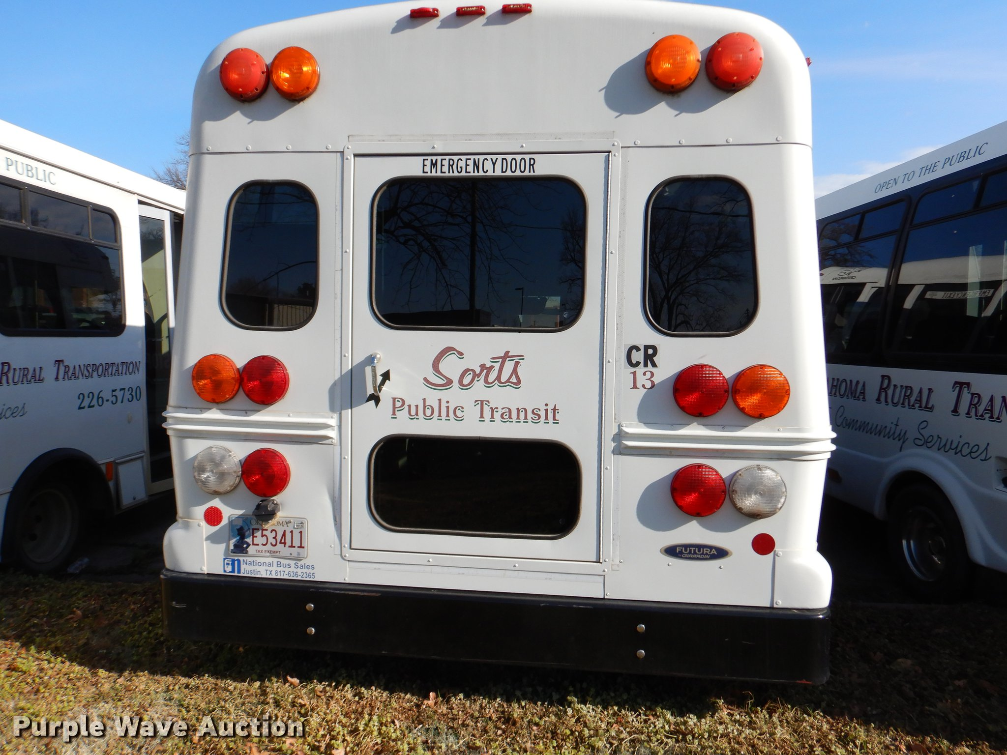 2005 Ford E450 shuttle bus | Item EJ9855 | SOLD! April 18 Ve