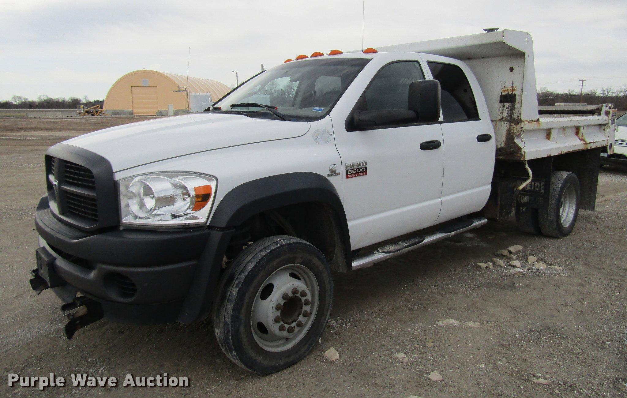 2009 Dodge Ram 5500 Quad Cab dump truck Item DD7427
