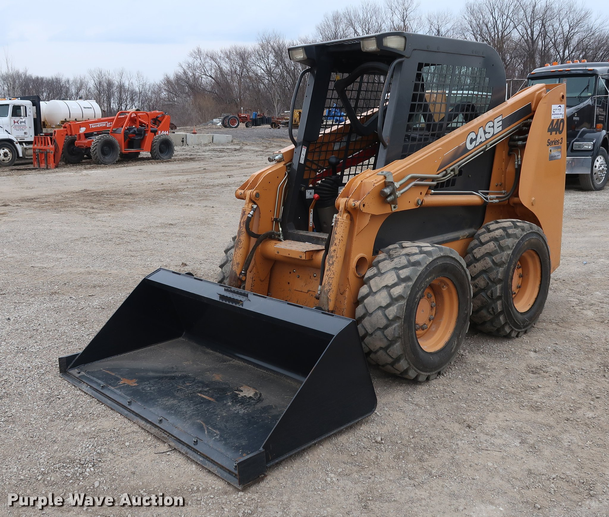 case 440 series 3 skid steer item df3614 sold may 3 con rh purplewave com Traverse Lift Parts Traverse Lift 8040 Parts