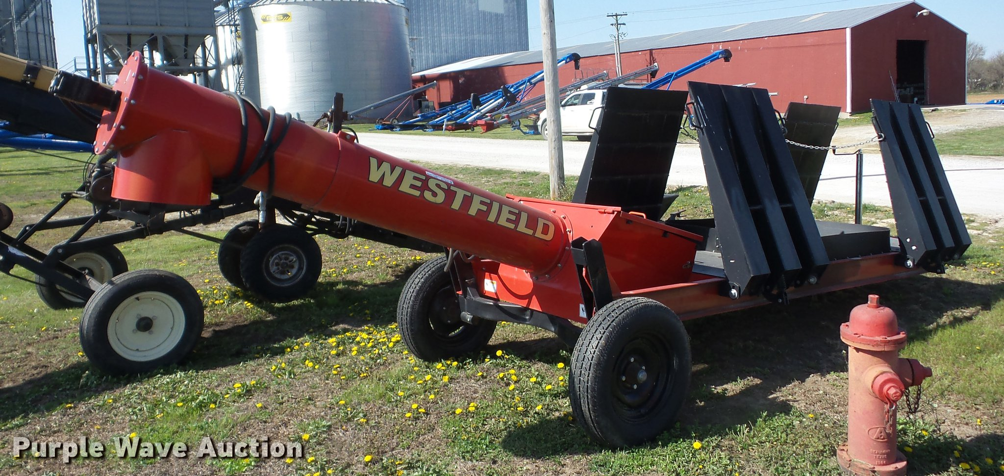 Westfield drive over grain pit | Item AY9523 | SOLD! May 9 A
