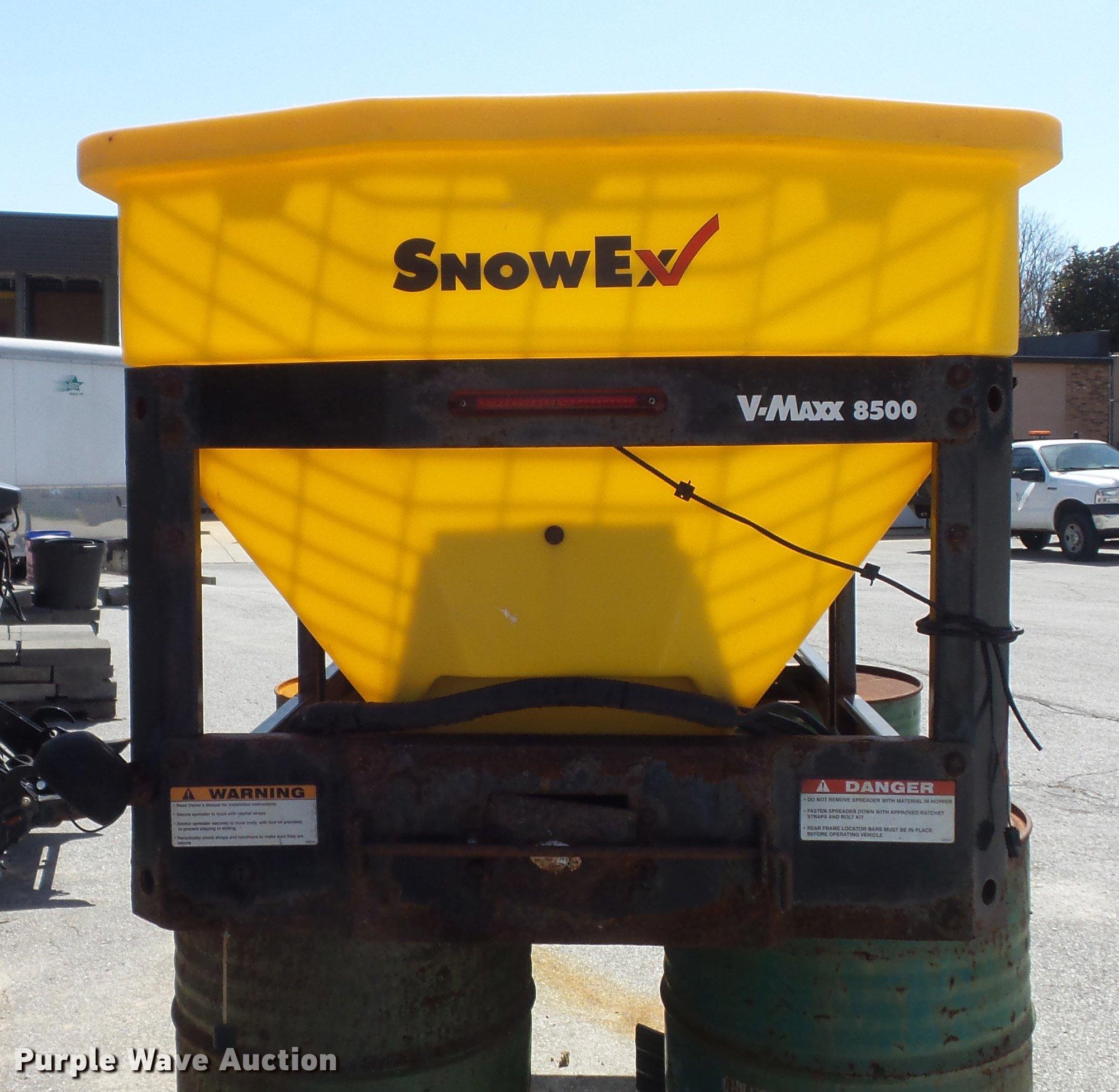 Snow Ex V Maxx 8500 Spreader Item Dm9975 Sold May 15 Go Snowex Wiring Harness Full Size In New Window