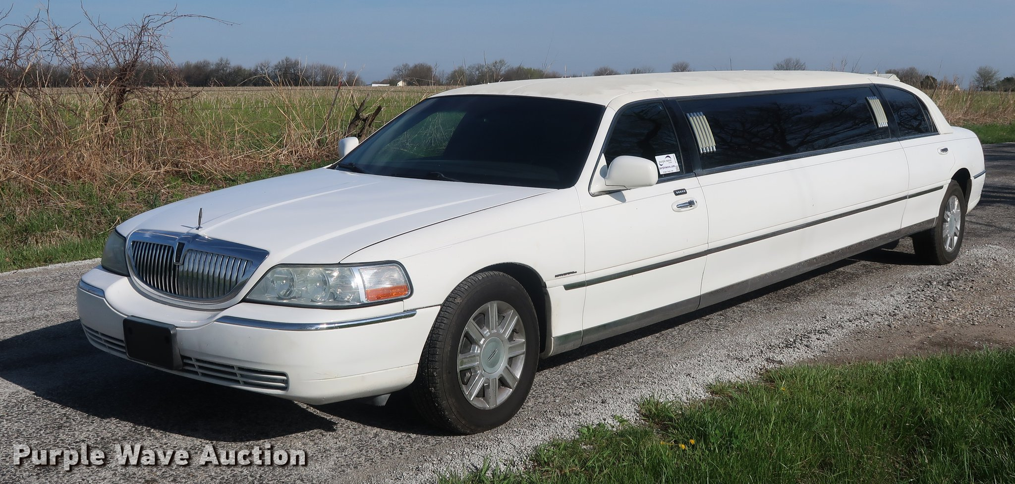 2006 Lincoln Town Car Executive Limousine Item Df3654 So