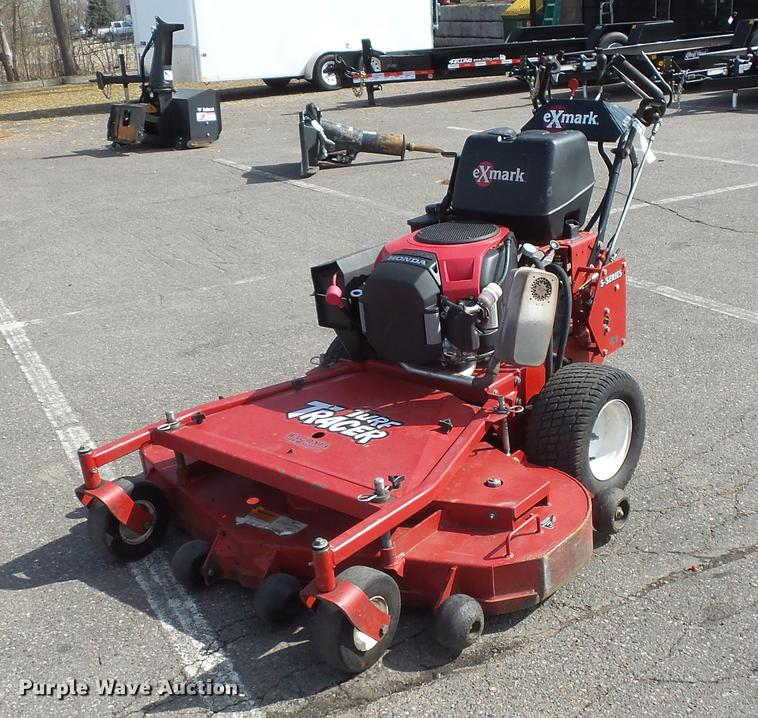 Exmark Turf Tracer lawn mower | Item DV9688 | SOLD! May 17 C