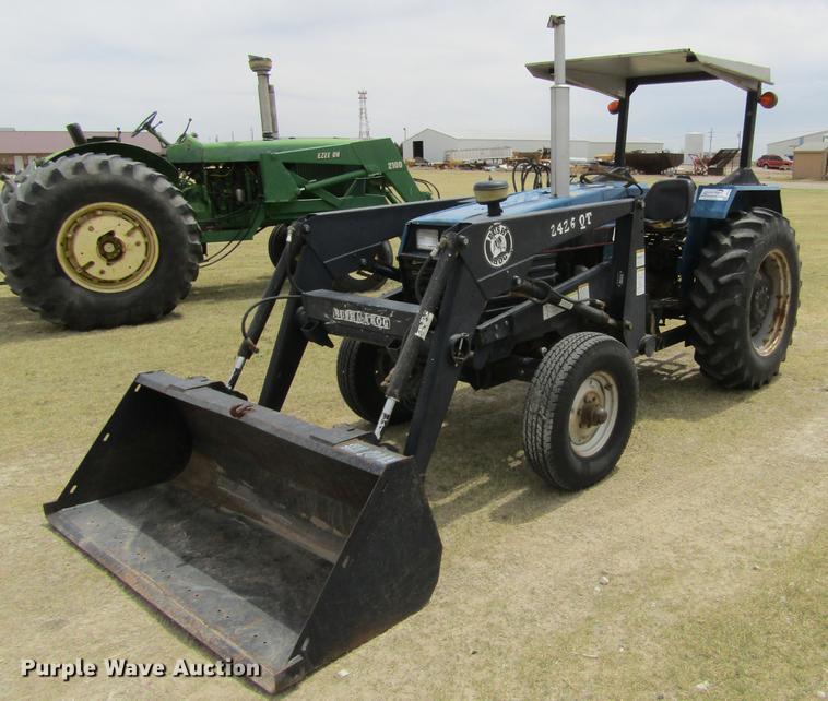 Long 2360 tractor   Item DE6759   SOLD! May 23 Ag Equipment