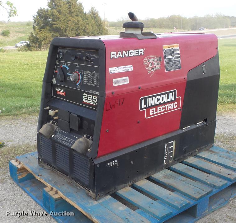 Lincoln Ranger 225 welder/generator | Item DM9968 | SOLD! Ma