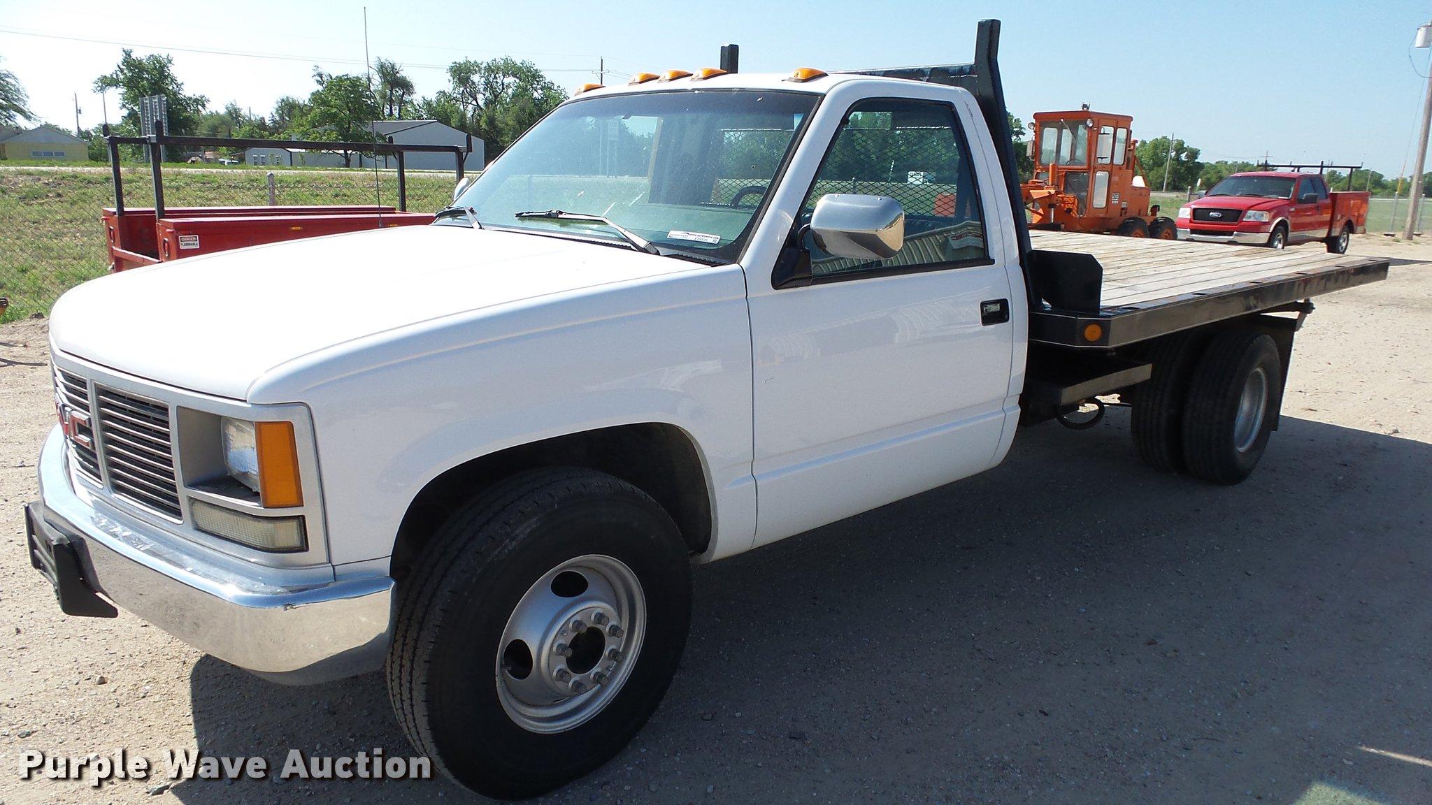 1990 GMC Sierra 3500 flatbed pickup truck | Item ET9531 | SO