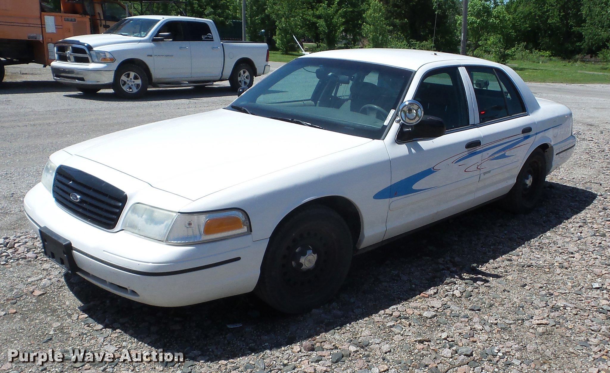 Bi9530 image for item bi9530 1999 ford crown victoria police interceptor
