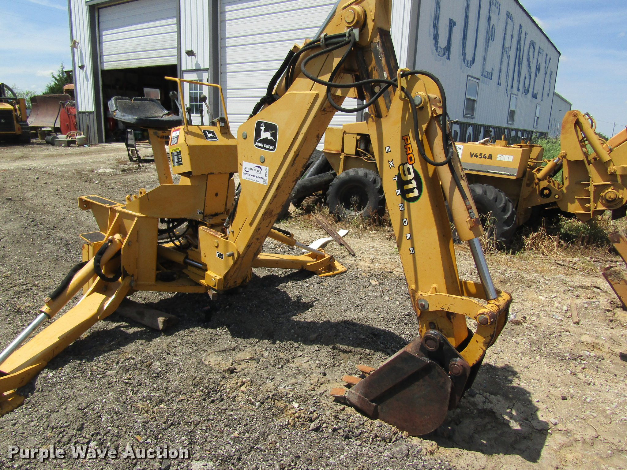 John Deere Backhoe Attachment >> John Deere 911 Extender Backhoe Attachment Item Dd8478 S