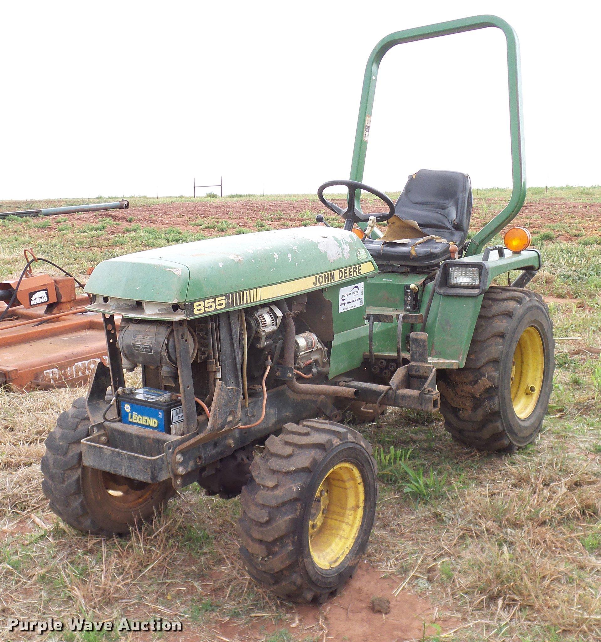 John Deere 855 MFWD tractor | Item DD8177 | SOLD! July 11 Ag