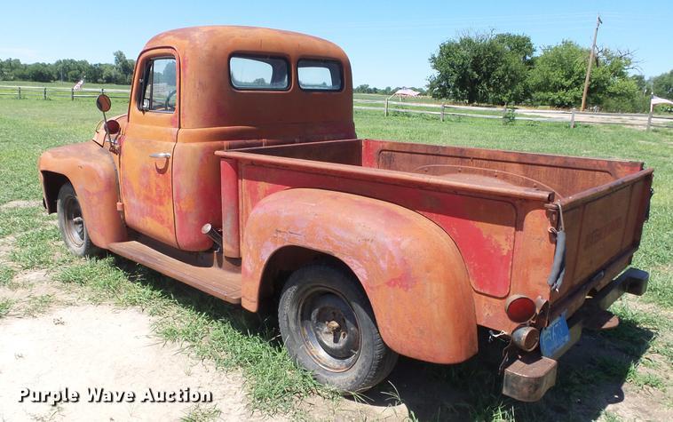 1952 International pickup truck | Item DE7184 | SOLD! July 1