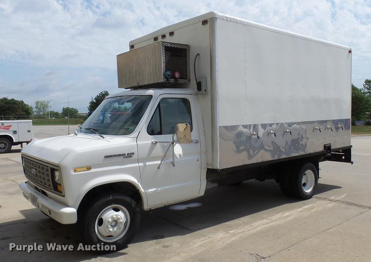 b18b2ed8031654 DP9504 image for item DP9504 1989 Ford Econoline E350 refrigerated box truck
