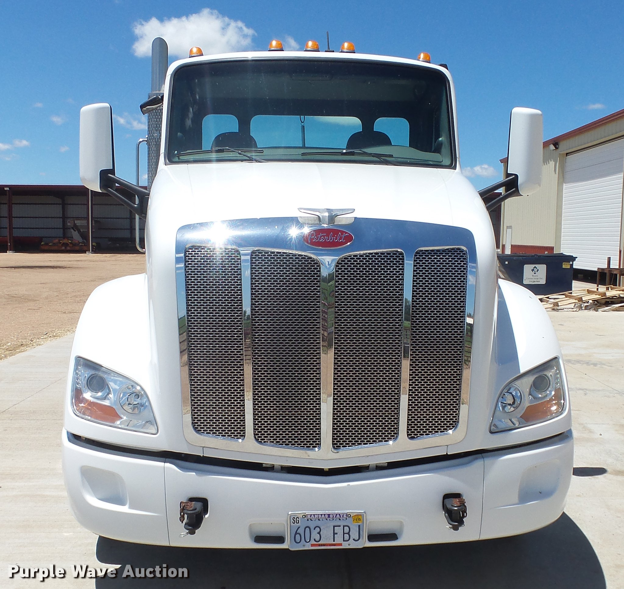 2013 Peterbilt 579 semi truck | Item EZ9496 | SOLD! July 26