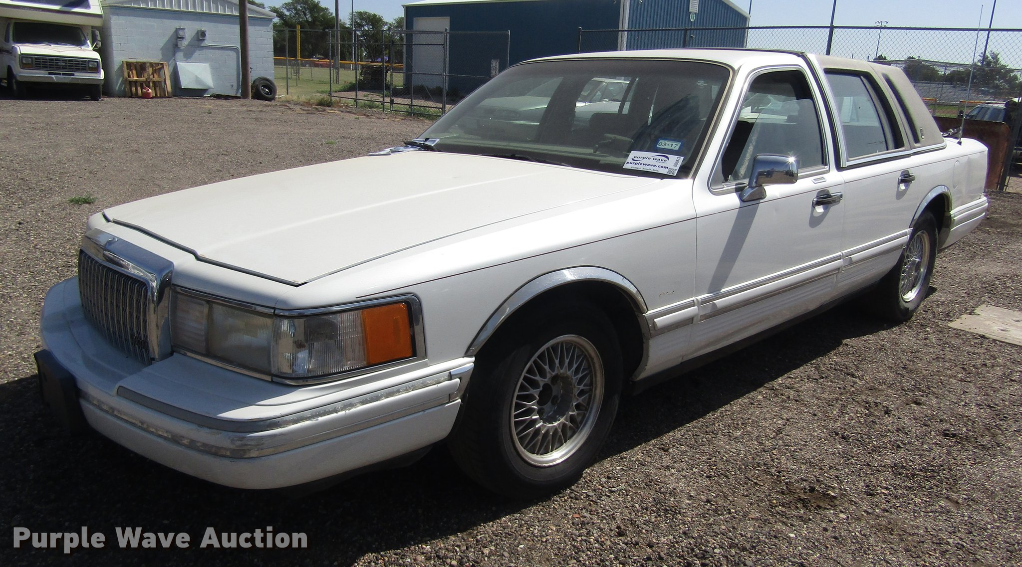 1994 Lincoln Town Car Item Dd8873 Sold August 7 Governm Image For