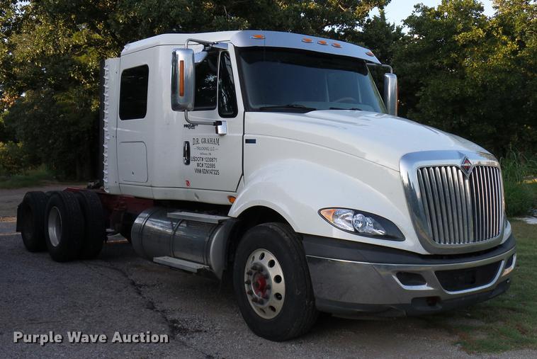 2013 International ProStar Plus semi truck | Item DD8343 | S