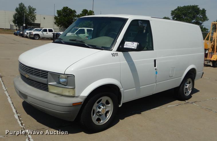 2005 Chevrolet Astro Cargo Van Item Db8373 Sold August