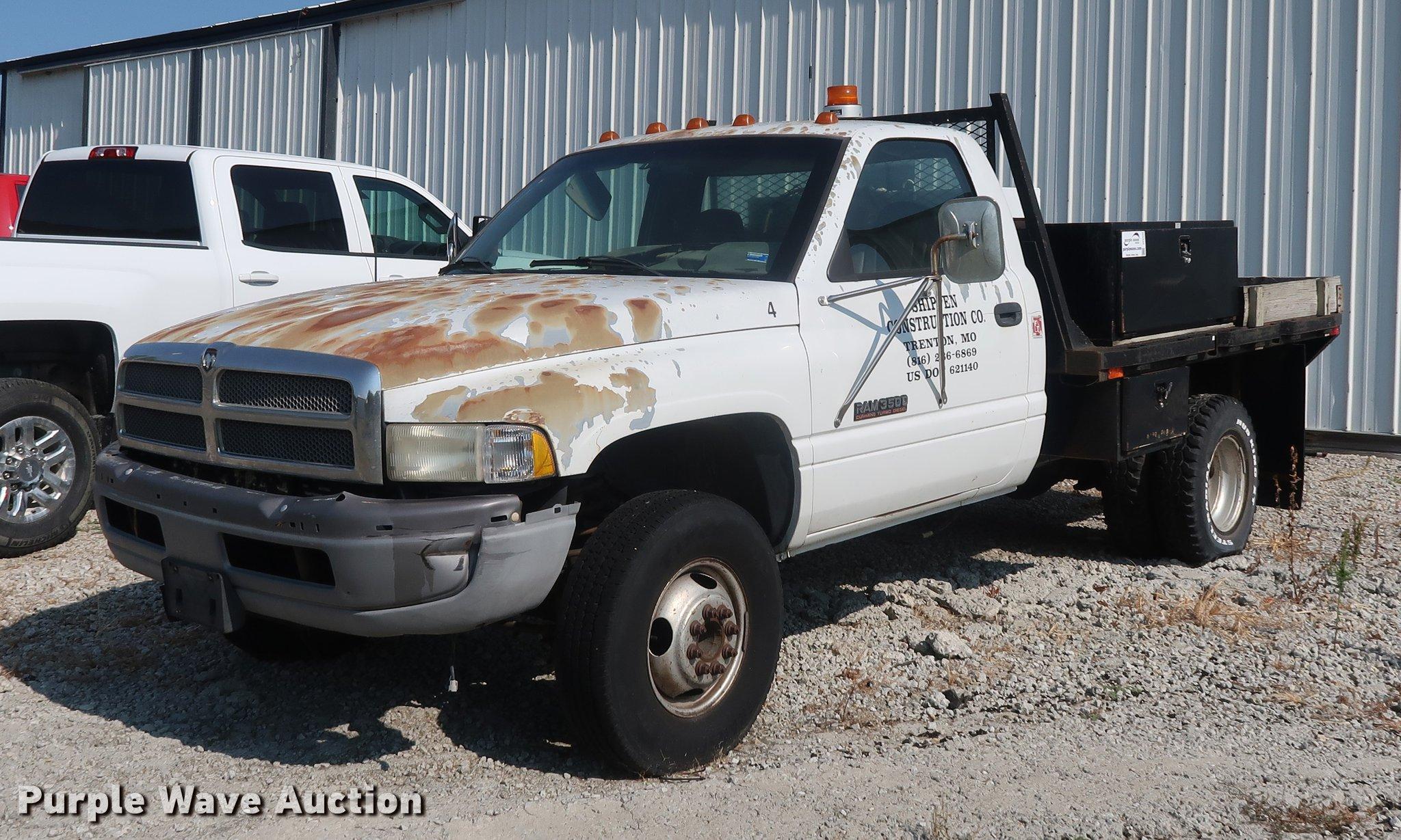 1996 Dodge Ram 3500 Flatbed Pickup Truck In Trenton Mo Item Df2342 Sold Purple Wave