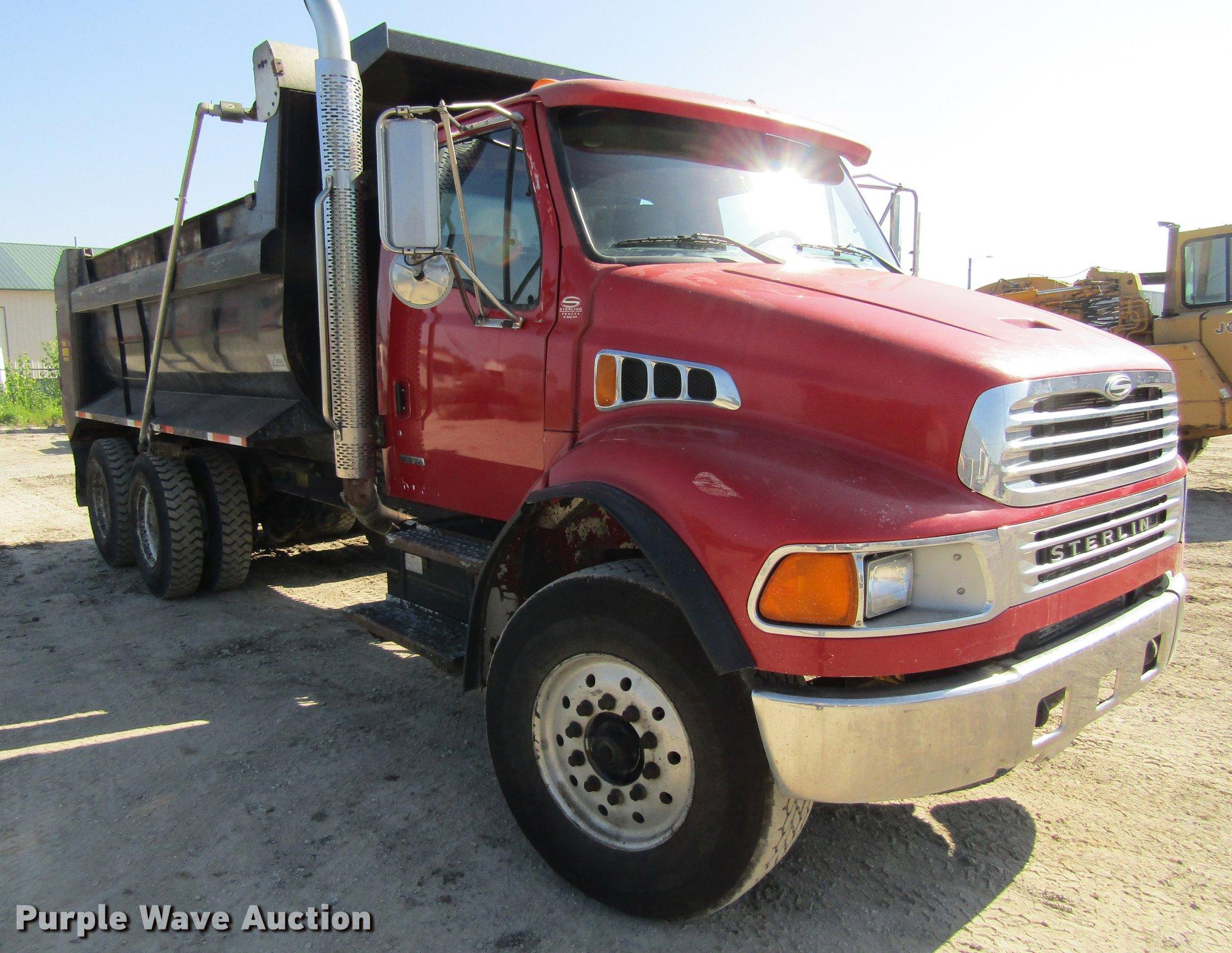 ... 2001 Sterling Acterra M8500 dump truck Full size in new window ...