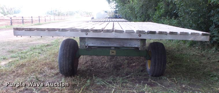 Hay wagon | Item EV9190 | SOLD! September 5 Ag Equipment Auc