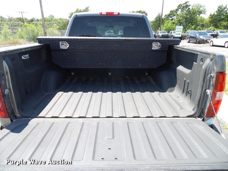 2013 Chevrolet Silverado 1500 Ext  Cab pickup truck   Item D