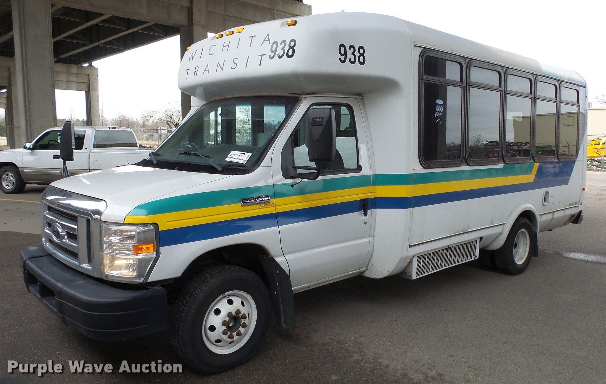 ford e450 shuttle bus interior height