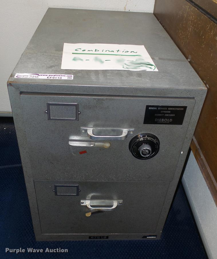 Diebold safe | Item EF9110 | SOLD! September 18 City of Wich