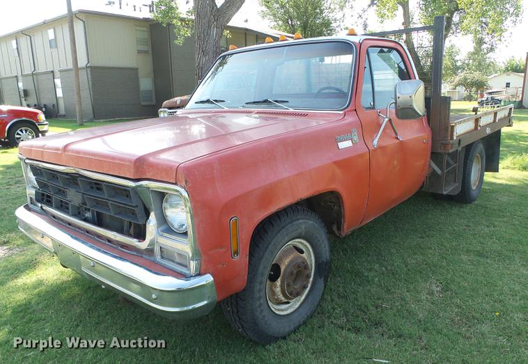 1979 Chevrolet Scottsdale 30 Flatbed Truck Item Dd5873 S
