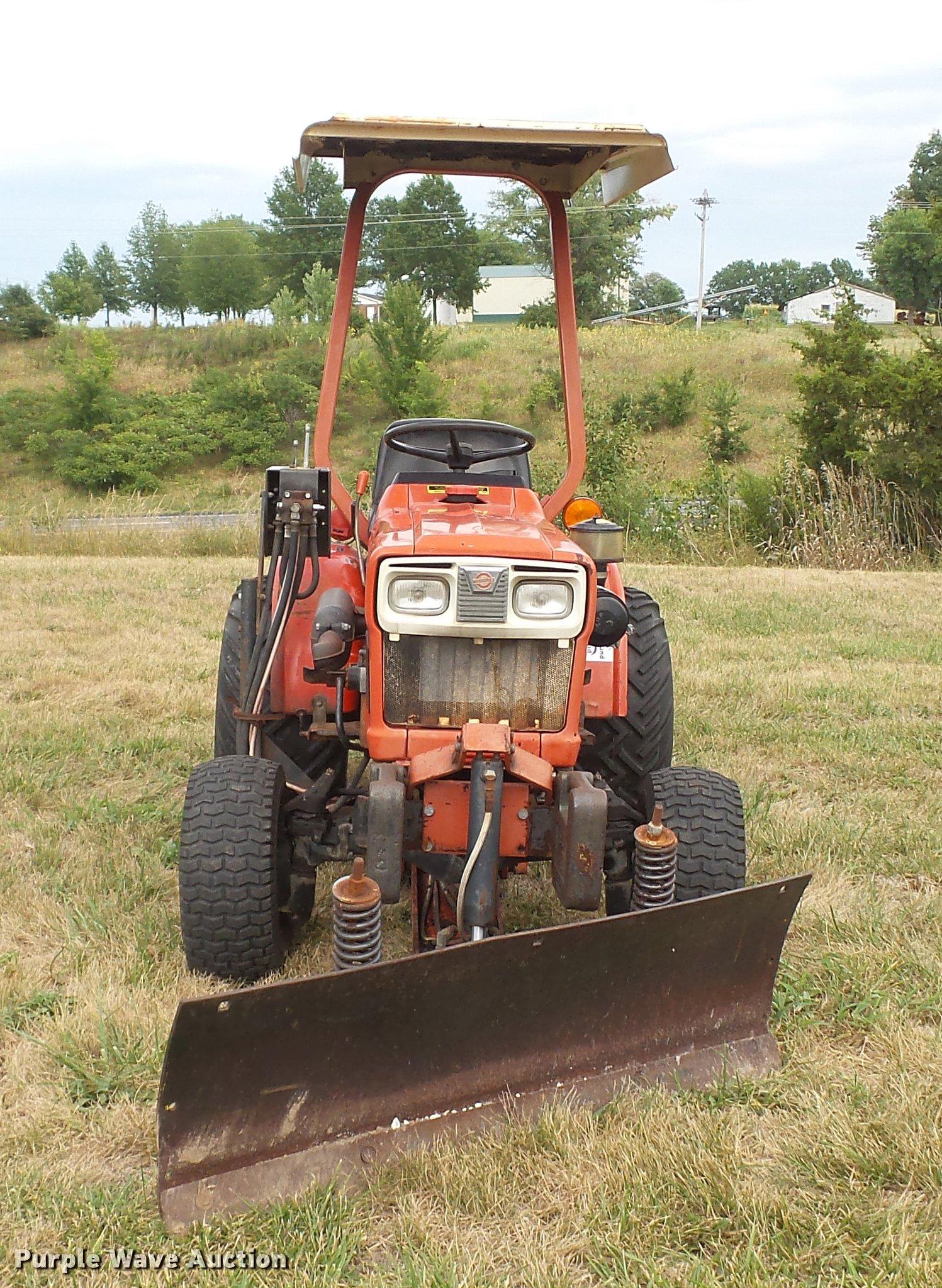yanmar ym186d mfwd tractor full size in new window