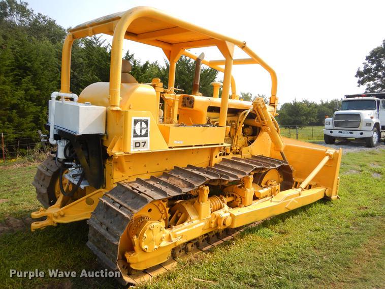 Caterpillar D7 dozer | Item EO9500 | SOLD! September 27 Cons