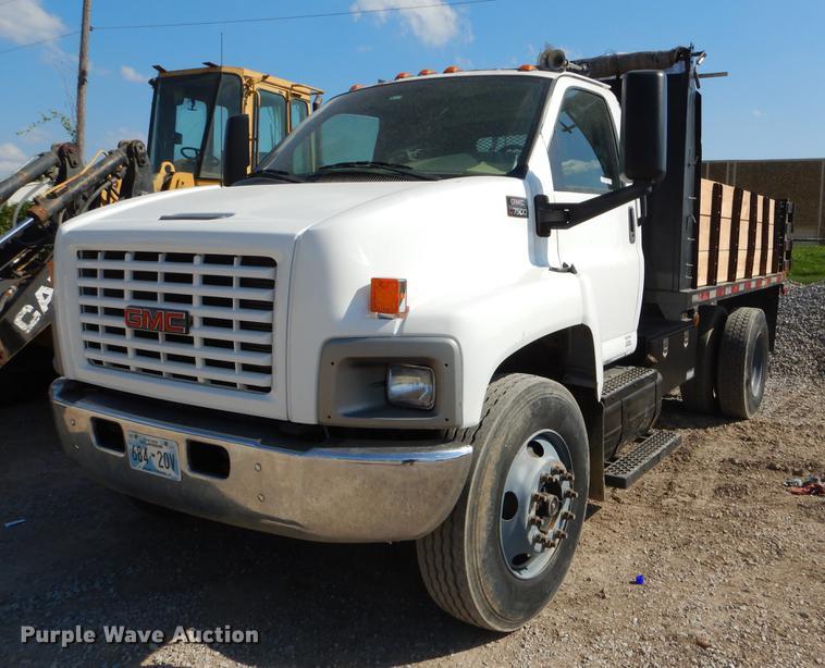 2007 GMC C7500 dump truck | Item EO9511 | SOLD! September 27