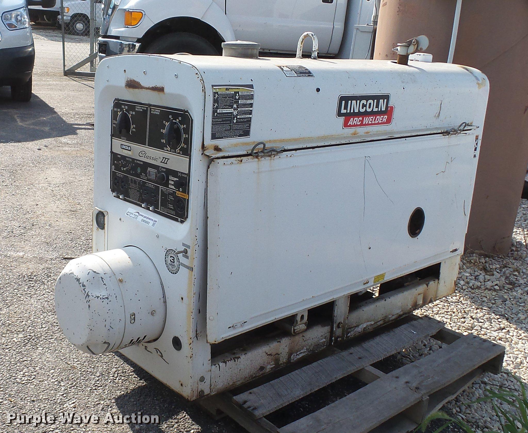 Lincoln SA300-TM27 Classic III welder/generator | Item DM989