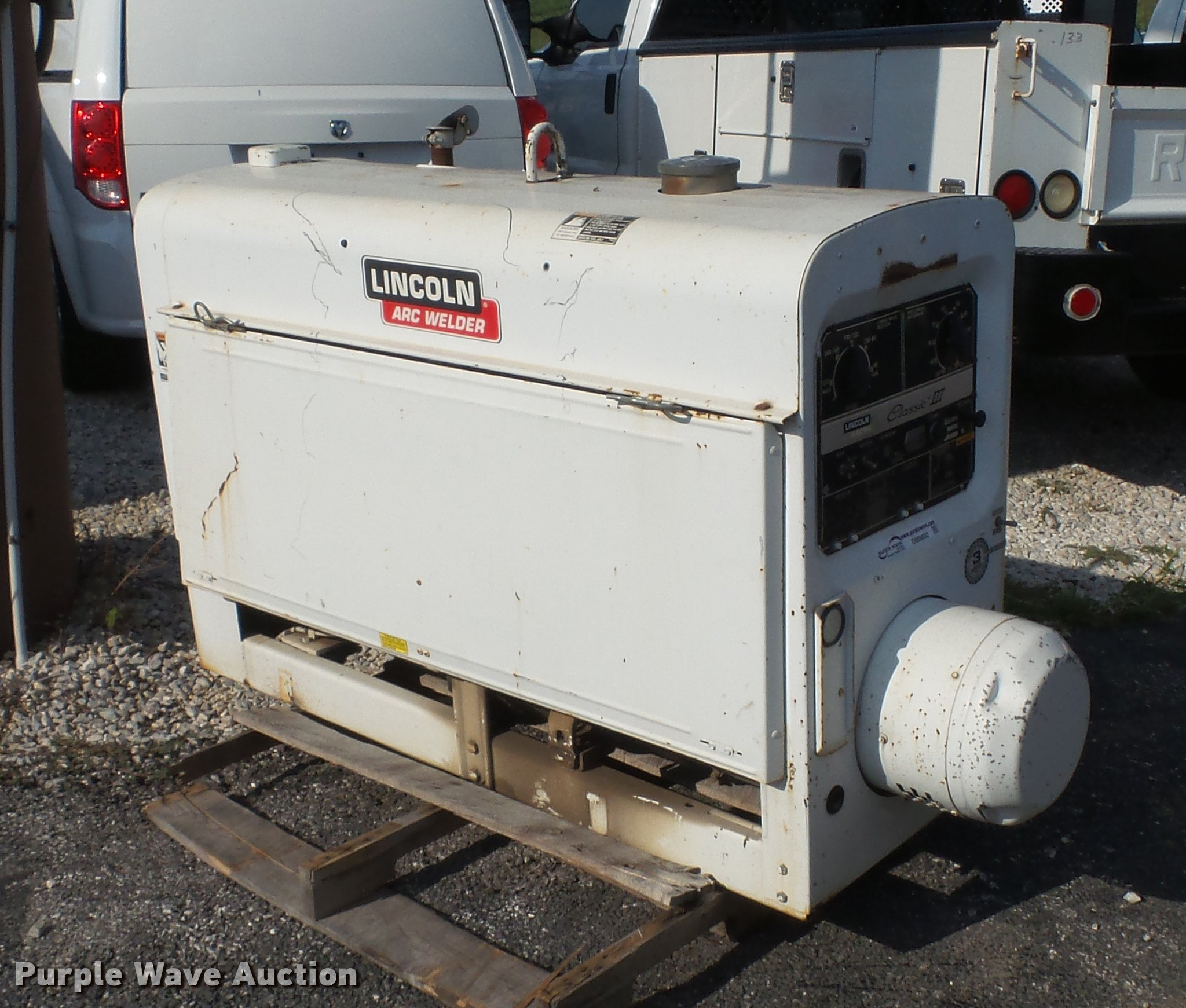 Lincoln SA300-TM27 Classic III welder/generator | Item DM989