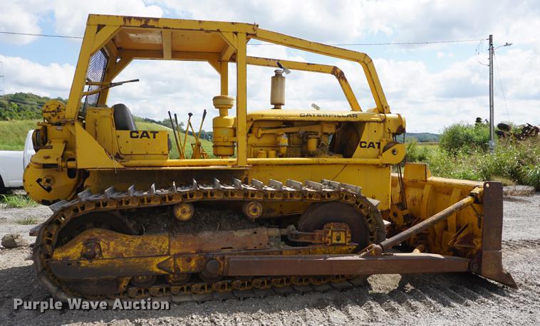 Caterpillar D7 dozer | Item DD6509 | SOLD! October 11 Constr