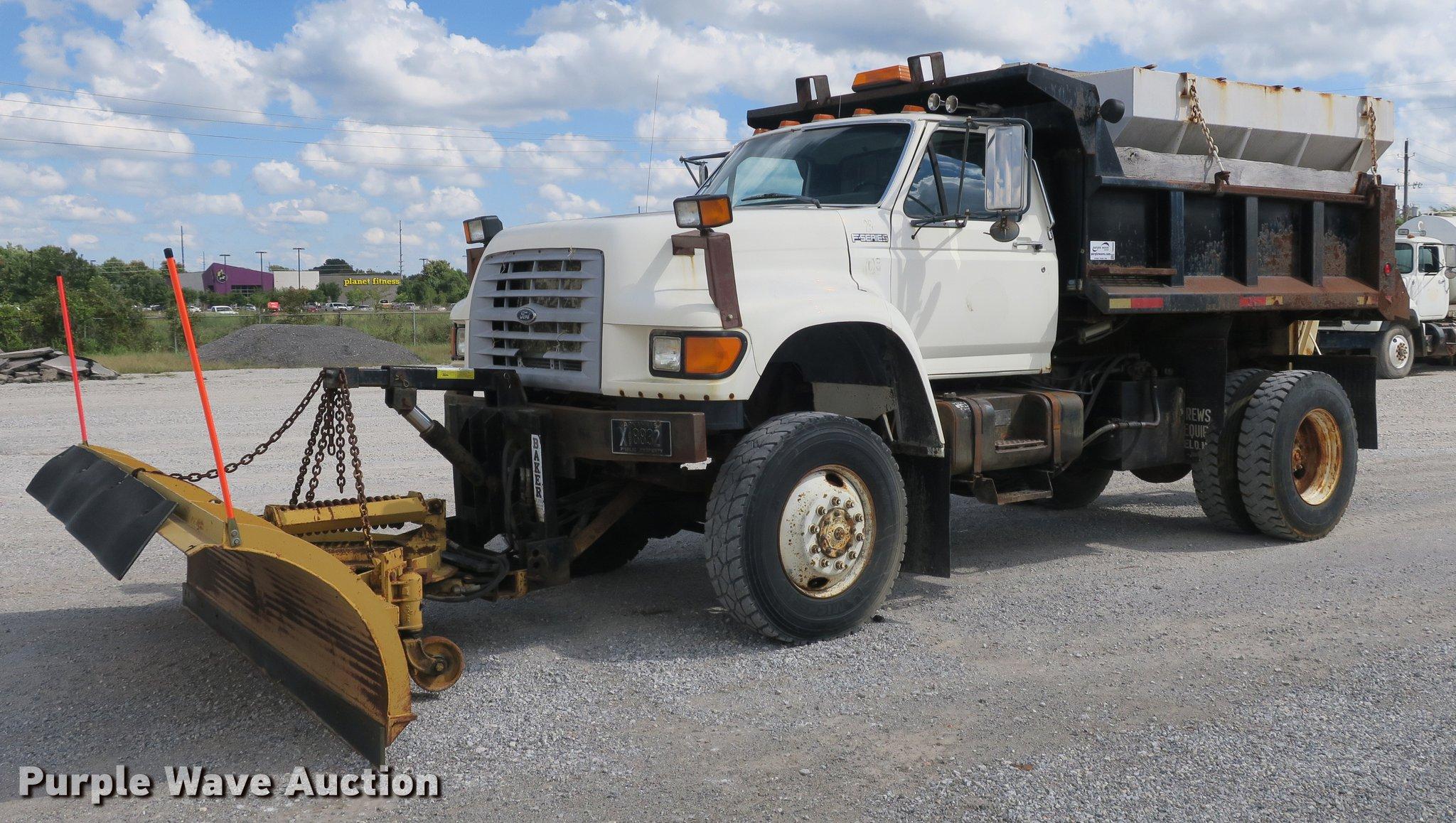 DB8986 image for item DB8986 1998 Ford F800 ...