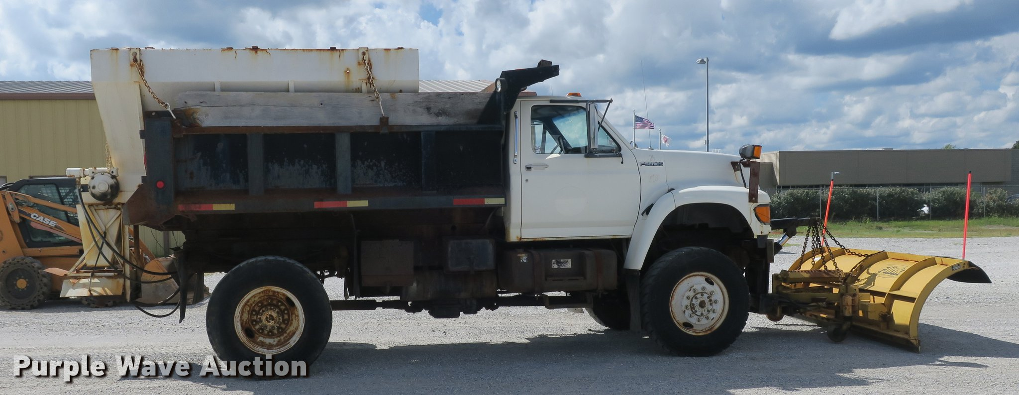 ... 1998 Ford F800 dump truck Full size in new window ...