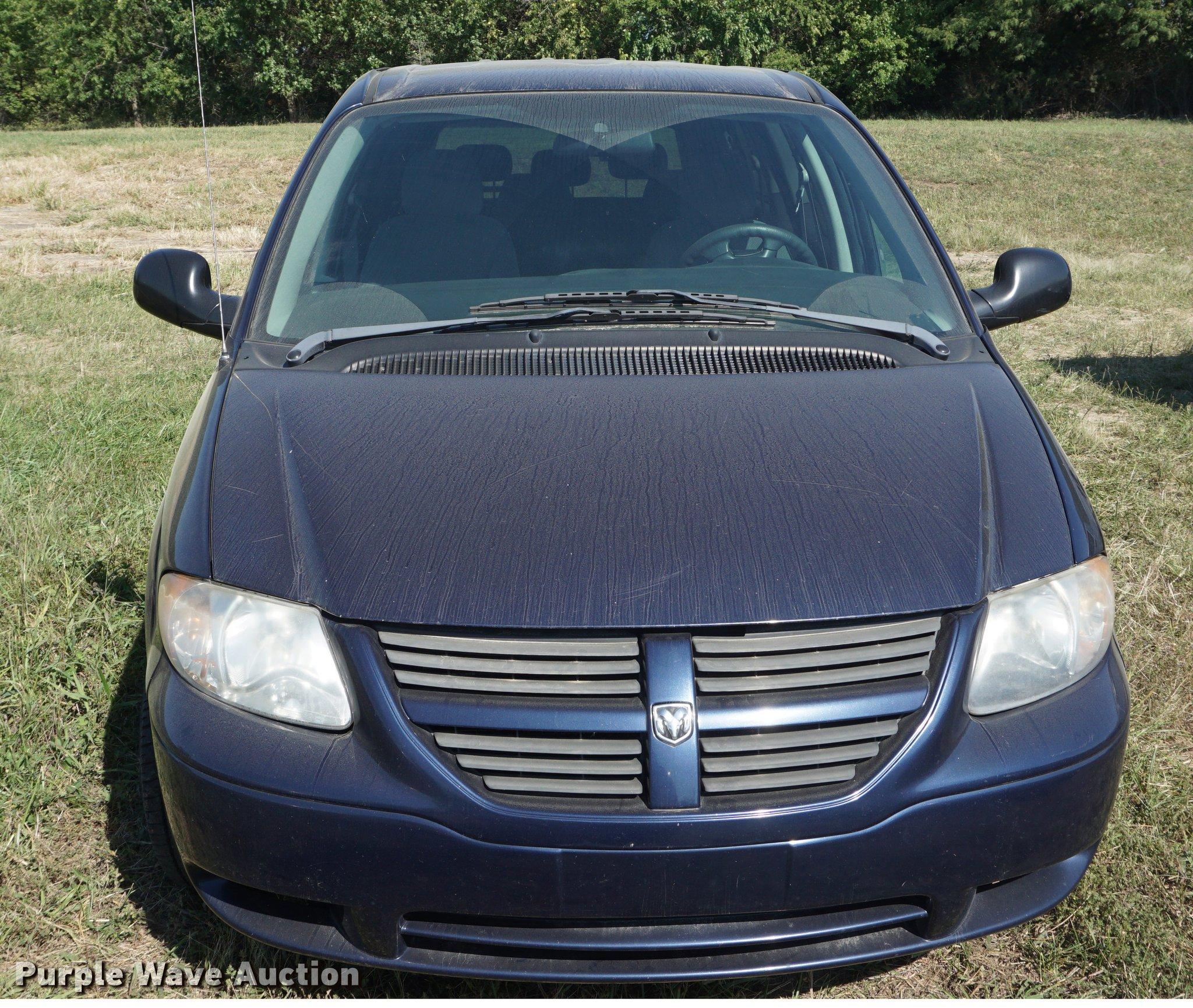 2005 Dodge Grand Caravan Van Item Dd6548 Sold October 2 Fuel Filter Full Size In New Window
