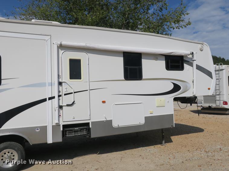 2006 KZ New Vision Sportster toy hauler camper | Item DE3829
