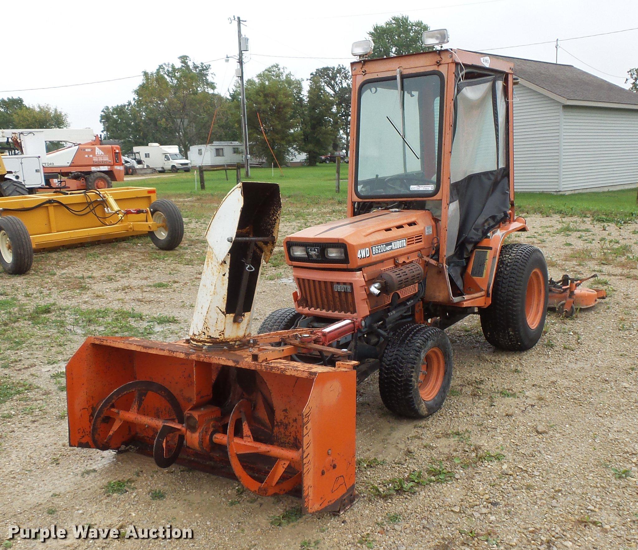 Kubota B6200 tractor | Item FT9916 | Wednesday October 24 Ve...