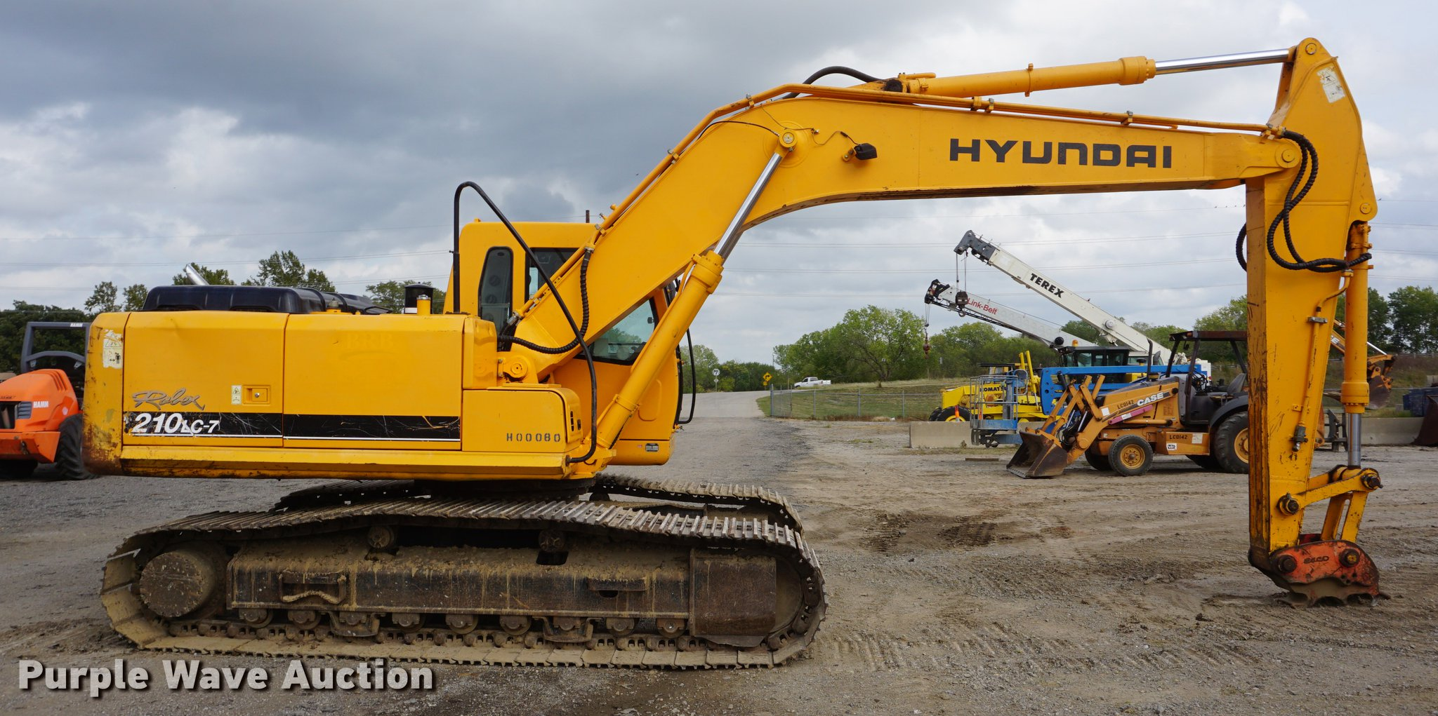 ... Hyundai Robex 210LC-7 excavator Full size in new window ...