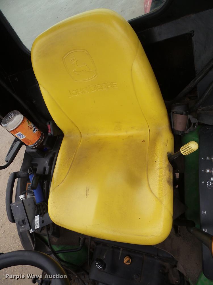 John Deere 2032R 4WD tractor   Item DX9512   SOLD! October 3