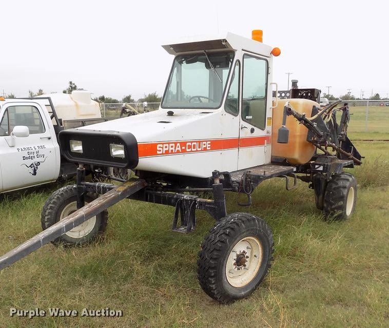 Melroe Spra Coupe 216 Self Propelled Sprayer Item DY9045